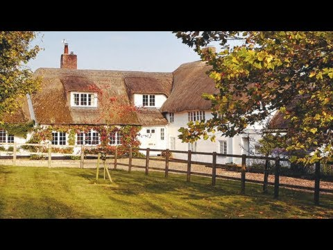 Open house: historic thatched cottage in wiltshire