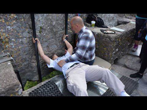 Kissing the blarney stone and the legend behind it!
