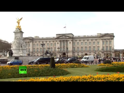 Live | scenes from buckingham palace amid new of prince philip's death