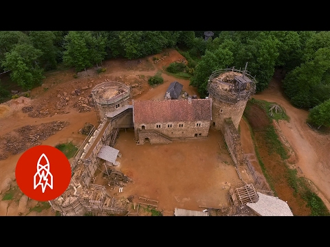 Building a medieval castle in modern times