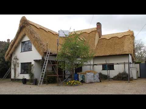 Thatching our cottage in 2013 time lapse