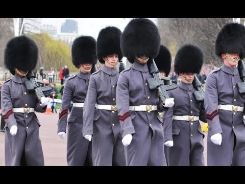 The queens guard at windsor castle