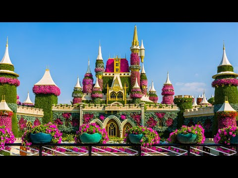 Castles and villas made of real flowers! dubai miracle garden