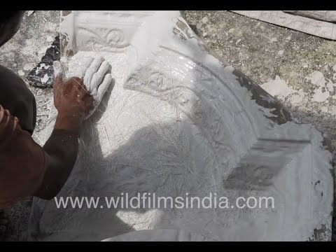 Handmade ceiling cornice and building ornaments made with plaster of paris in north india