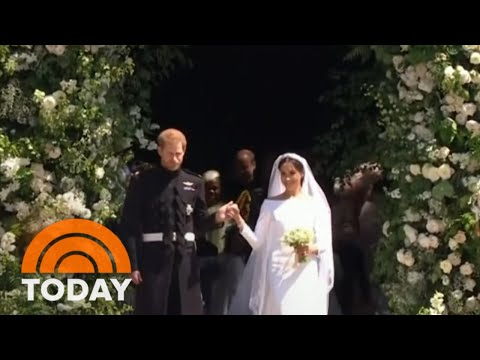Prince harry and meghan markle to appear at buckingham palace this weekend | today