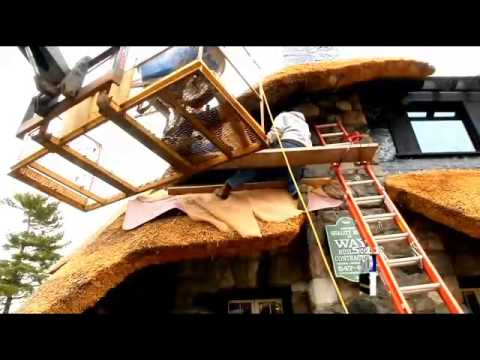 Building a thatched roof house